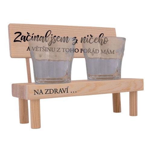 Dřevěný stojánek a skleničky - Začínal jsem z ničeho
