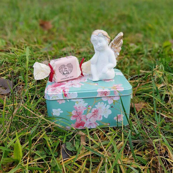 Dárkový květinový box - anděl
